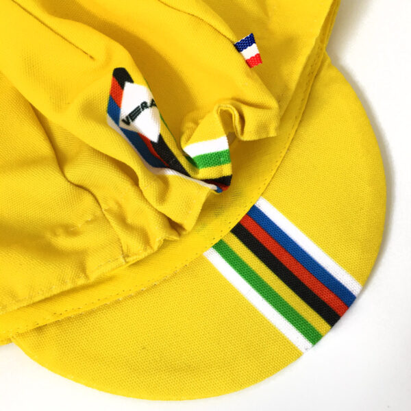 Gapette Champion jaune pour bébé détail tour de tête