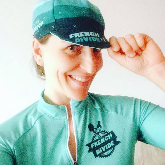 Casquettes French Divide par Vera Cycling Merchandising